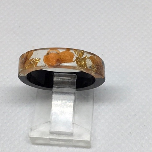 Epoxy/Resin/wood ring flower/gold colored inlay